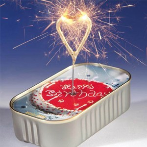 Bolo em Lata Sparkler Coração - Feliz Aniversário (Entrega em 24h)