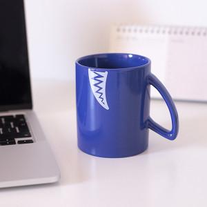 Caneca Tubarão Azul (Entrega em 24h)