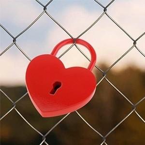 Cadeado com Chave Coração (Entrega em 24h)